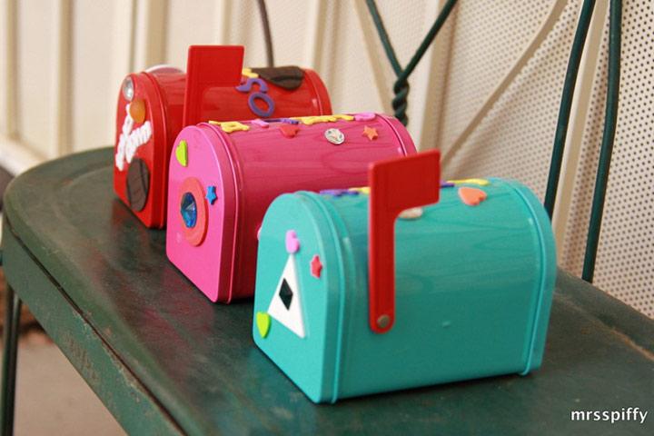 Uma caixa de correio pessoal atraente para crianças é ótima para receber mensagens,