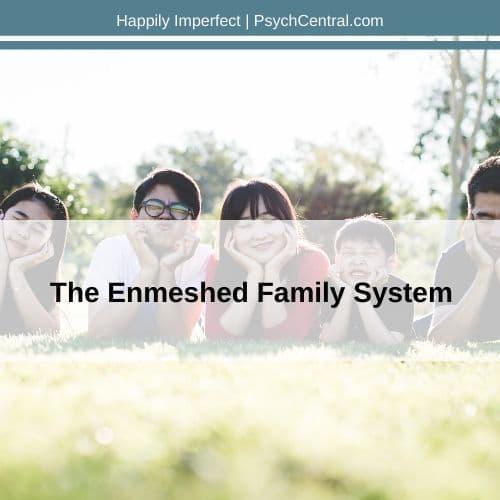 O que é uma família emaranhada?