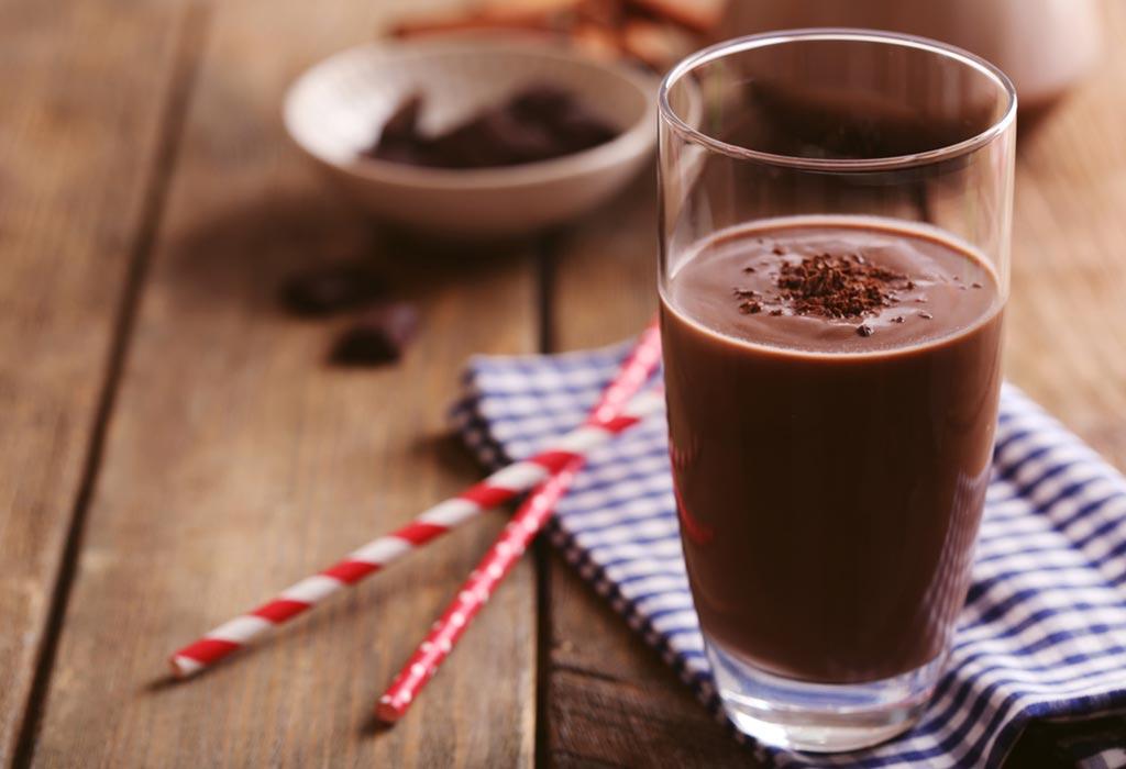 """Chocolate branco ou preto durante a amamentação """"width ="""" 1024 """"height ="""" 700"""