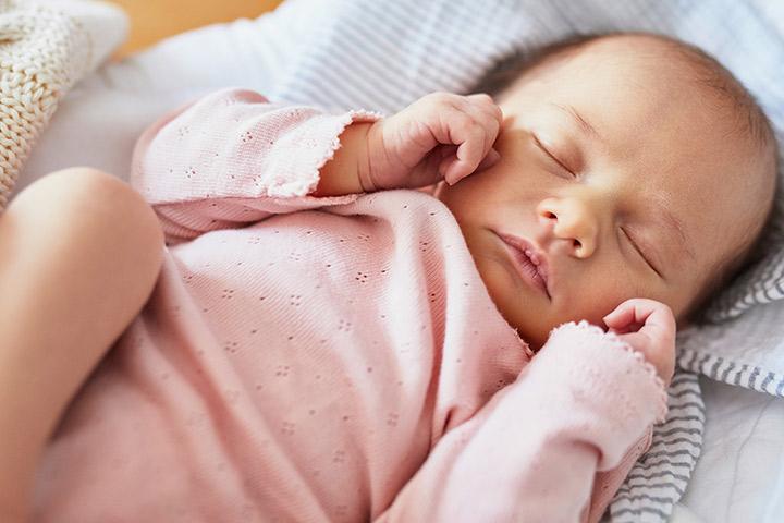 Genitália inchada em recém-nascidos