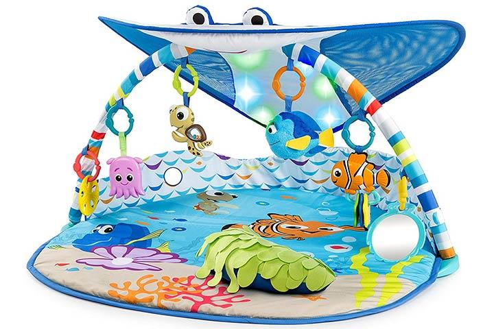 Disney Baby Mr. Ray Oceano Ilumina o Ginásio de Atividades