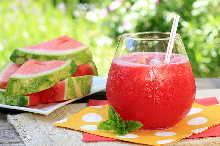 Soco e tigela de melancia
