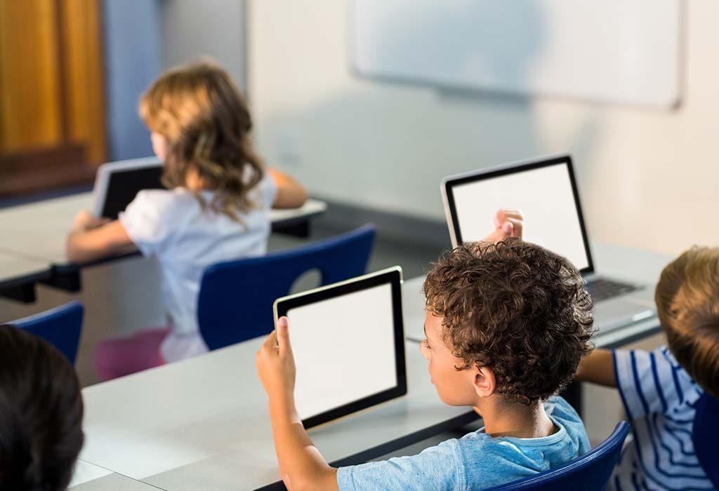 """Benefícios da tecnologia para crianças """"width ="""" 1024 """"height ="""" 700 """"srcset ="""" https://cdn.cdnparenting.com/articles/2019/02/14143106/448690156-H.jpg 1024w, https: // cdn . cdnparenting.com/articles/2019/02/14143106/448690156-H-768x525.jpg 768w, https://cdn.cdnparenting.com/articles/2019/02/14143106/448690156-H-218x150.jpg 218w, https: //cdn.cdnparenting.com/articles/2019/02/14143106/448690156-H-696x476.jpg 696w, https://cdn.cdnparenting.com/articles/2019/02/14143106/448690156-H-614x420.jpg 614w """"tamanhos ="""" (largura máxima: 1024px) 100vw, 1024px"""