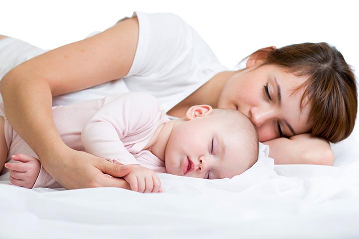 benefícios de dormir com o bebê