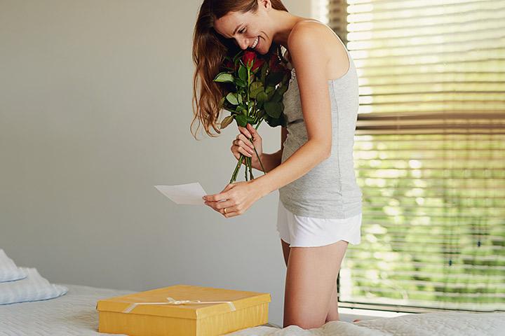 Presentes de relacionamento de longa distância adoráveis para dar ao seu parceiro