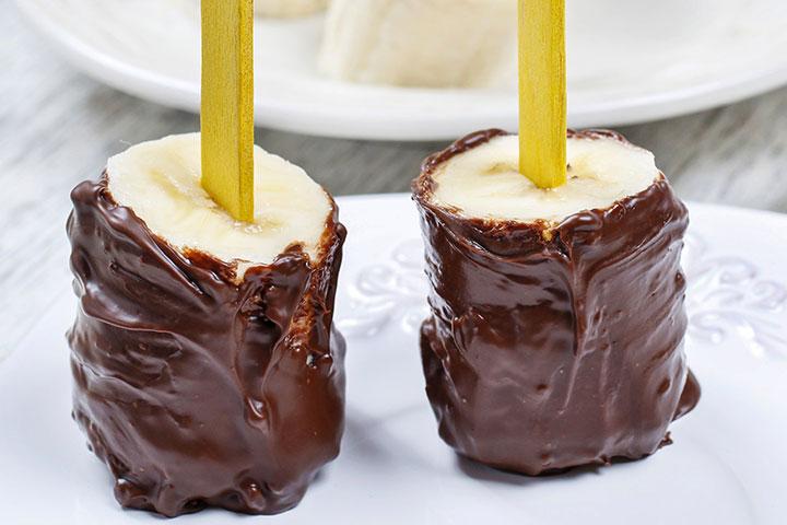Sobremesa de banana e chocolate