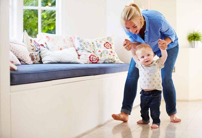 Ajudando seu filho a desenvolver habilidades locomotivas