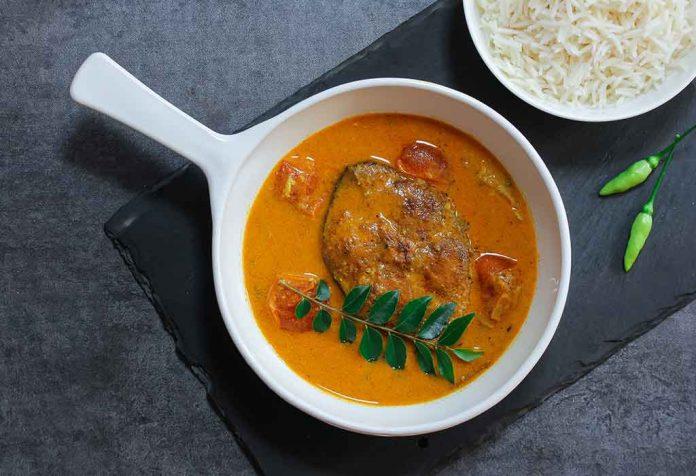 Caril de peixe com receita de arroz