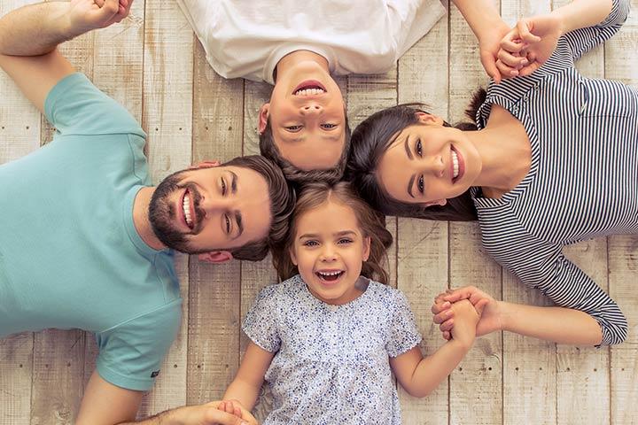 Ciência diz que os pais das crianças mais bem-sucedidas fazem essas 5 coisas