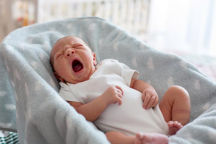 Onde os recém-nascidos devem dormir?