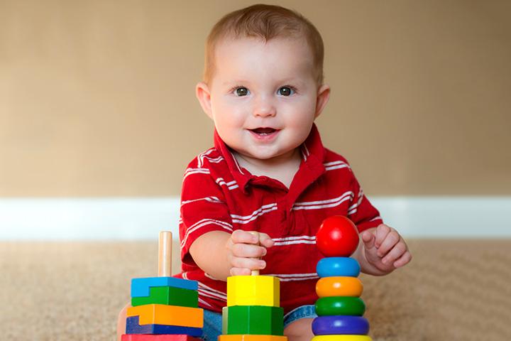 Brinquedos do bebê de 7 meses
