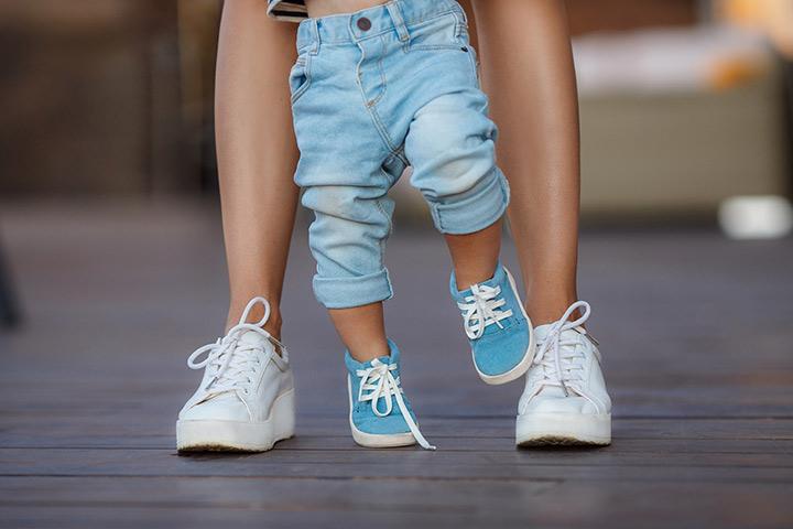 Passos do bebê O que você pode fazer para incentivar seu bebê a andar