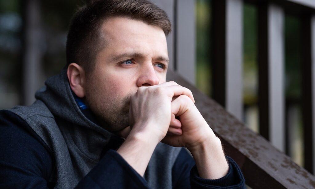 Ajuda para homens que estão sendo abusados