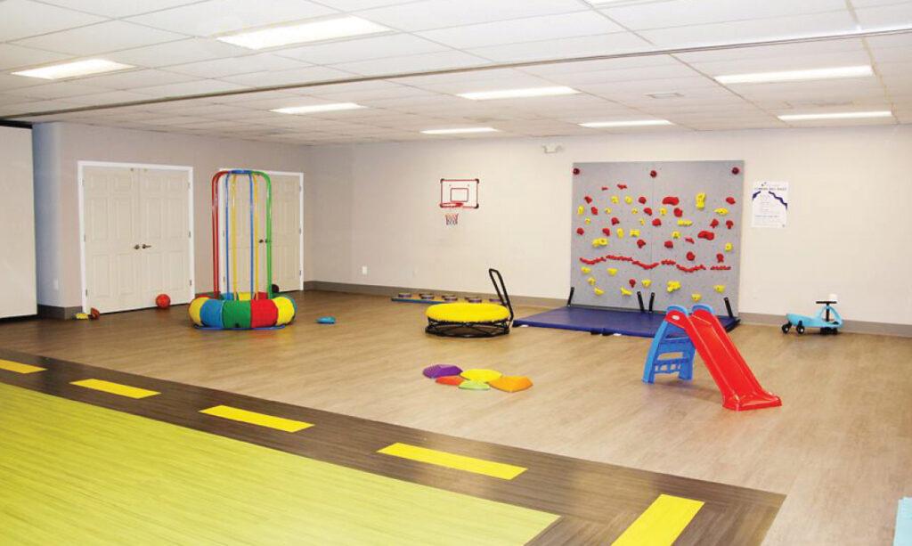 O Centro Infantil Bluestone em Livonia possui serviços de autismo