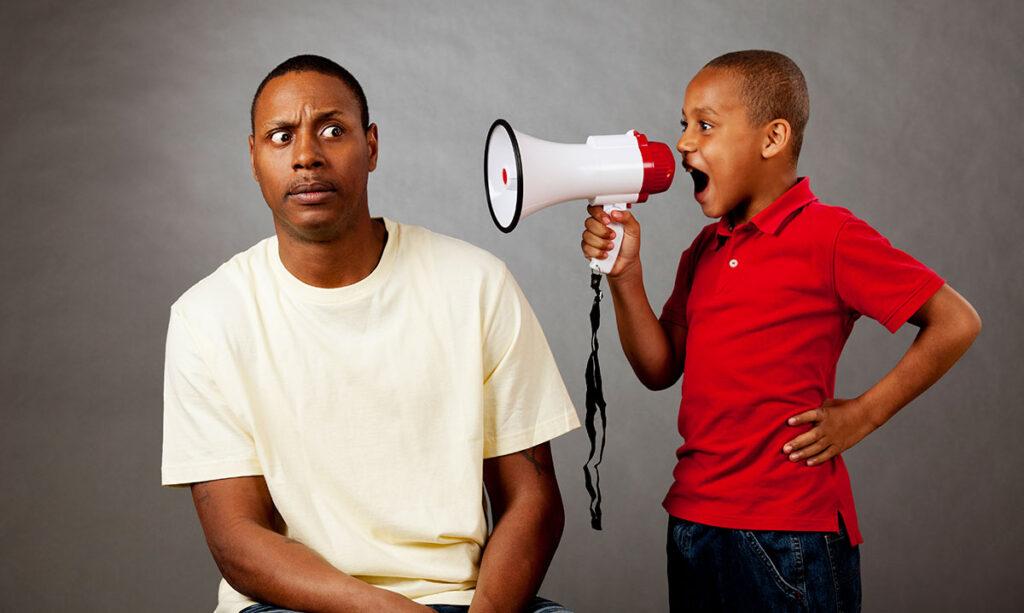 Você suspeita que um membro da família odeia seu filho?