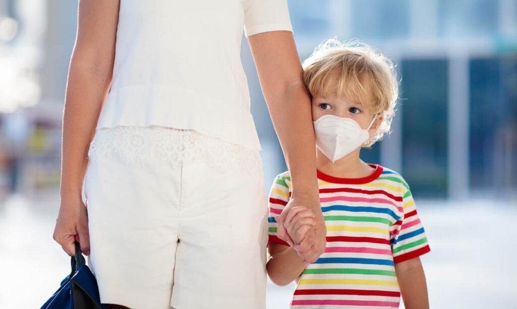 Como ajudar as crianças a se sentirem seguras durante a crise do coronavírus