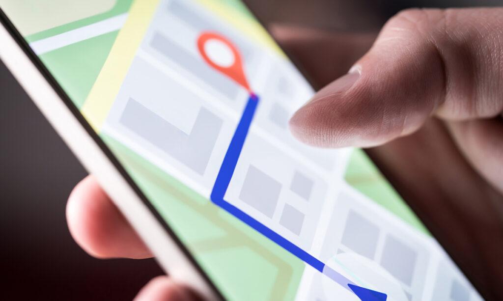 As crianças estão usando aplicativos de rastreamento para manter o controle sobre mamãe e papai