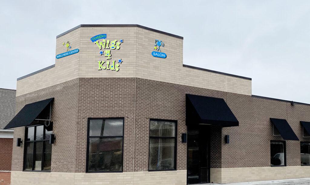 Centro de bem-estar e salão de beleza para crianças 4 Maggie's Wigs em St. Clair Shores
