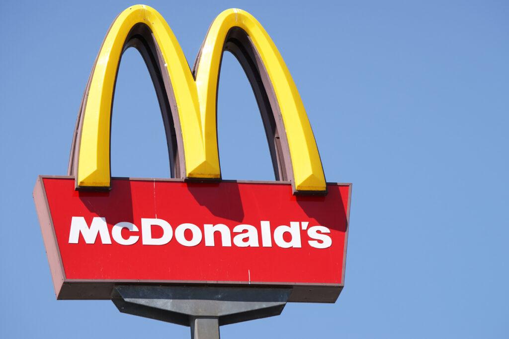 O garoto de Michigan liga para o 911 porque queria o McDonald's