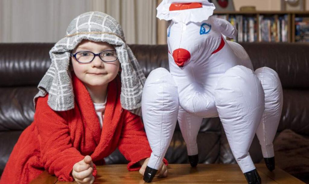 Mãe acidentalmente envia brinquedo sexual inflável à Natividade da escola do filho