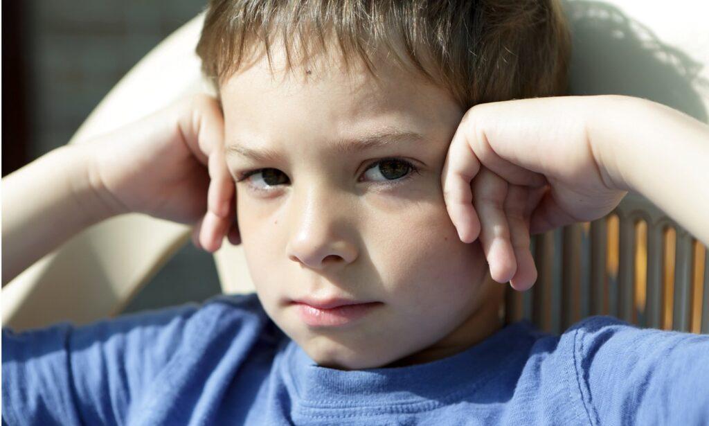 Transtorno do Anexo Reativo (RAD) e Outros Problemas de Anexo