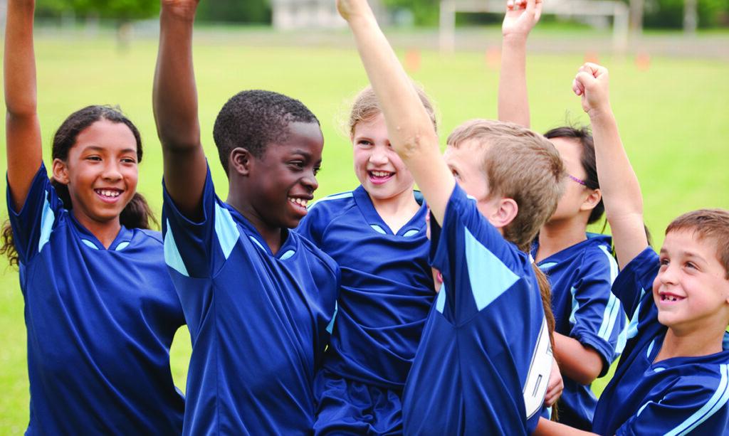 Você deve pagar ao seu filho para marcar gols?