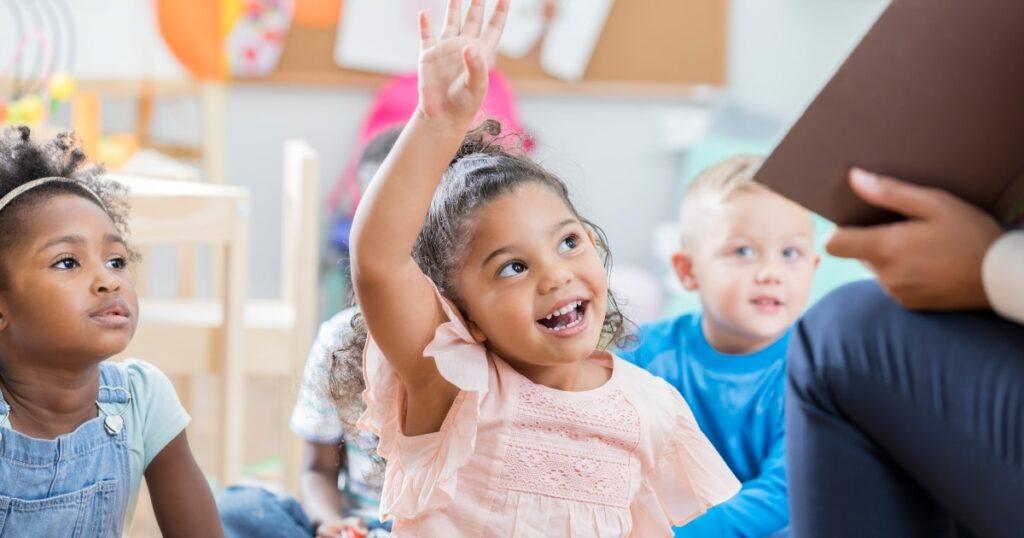 Lista de verificação definitiva da prontidão do jardim de infância para ajudar a preparar seu filho